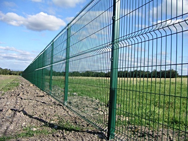 The type of 2.4metre security fences proposed for the perimeter.